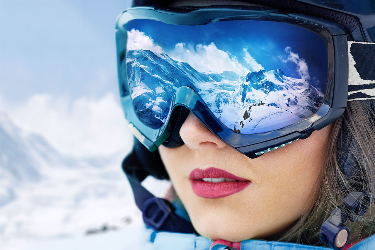 What Should You Know About Ski Goggles?